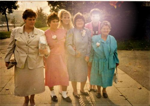 Left to right: My mums cousin, My mum pink outfit, My mums sister sharon, My mums mum (my nan), a family friend and My mums nan (my great nan) on the end.